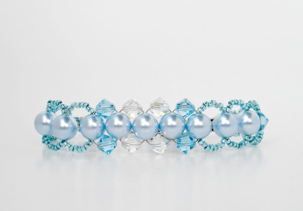 Crystals and Pearls Bracelet in Blue